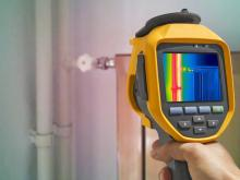 Thermal camera focused on hot water pipe